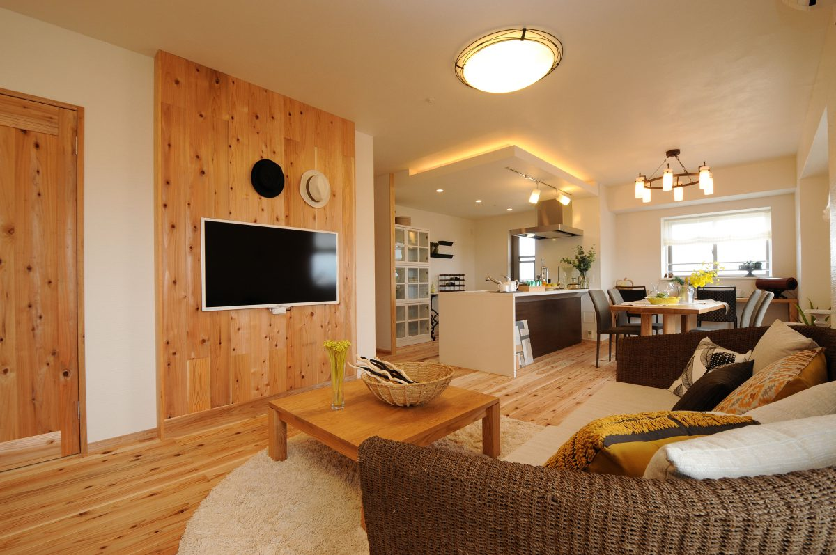 【本山町】 マンション 最上階角部屋 無垢材のお部屋