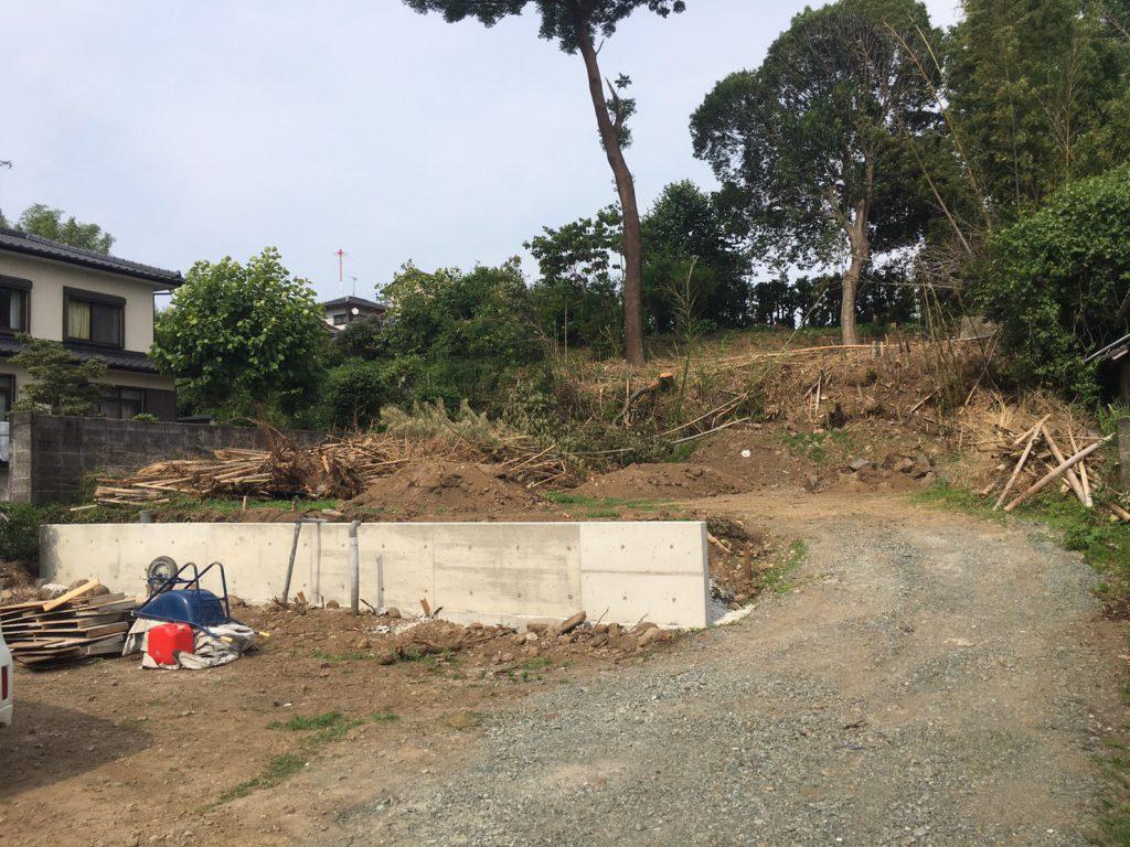 竹林は住宅地には不向きなので全て伐採しました
